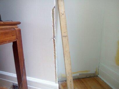 Réparation d'un angle de mur brisé